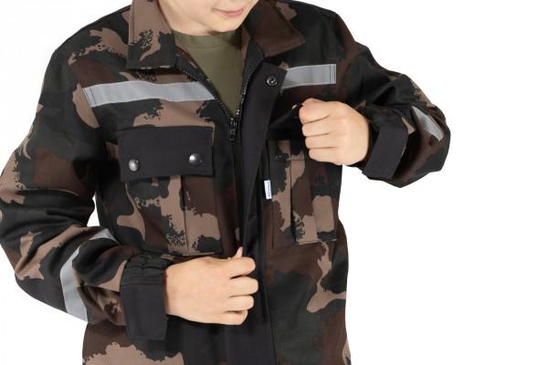 bunda má praktické vrecká
